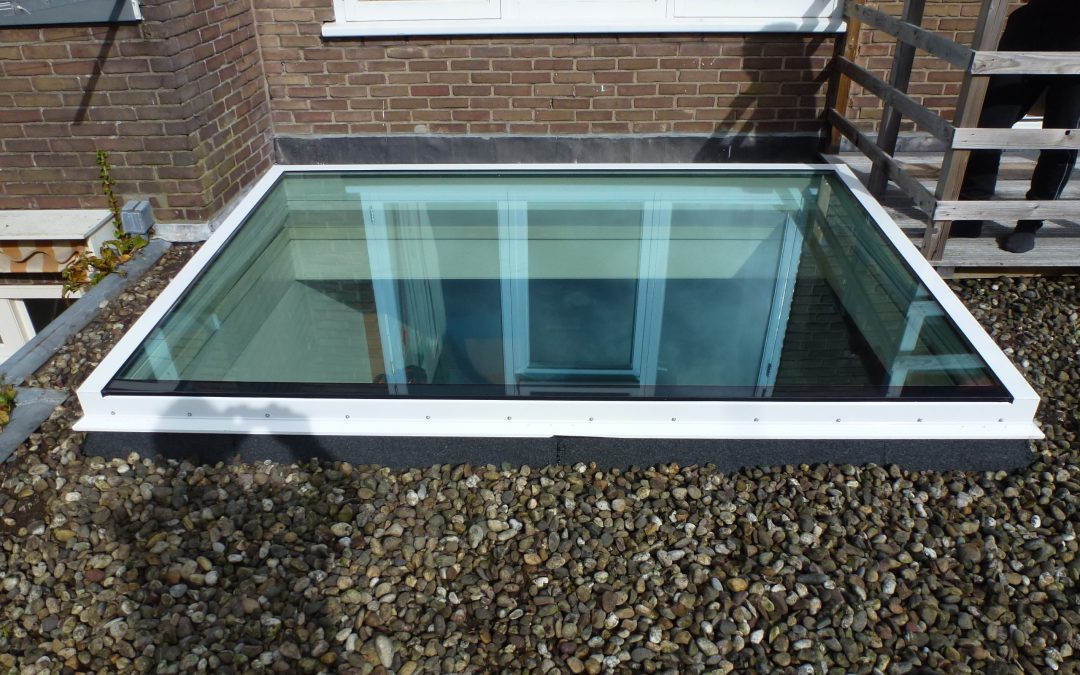 Veiligheidglas in dakkoepels van Koepellux